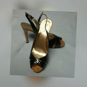 Guess Morrisa patent leather slingback open toe